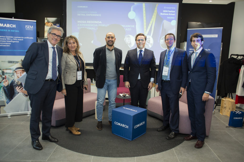 Foto grupal evento Comarch Retail Experience 2019